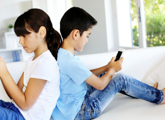 How an iPhone Tracker Can Protect Your Child From Online Predators