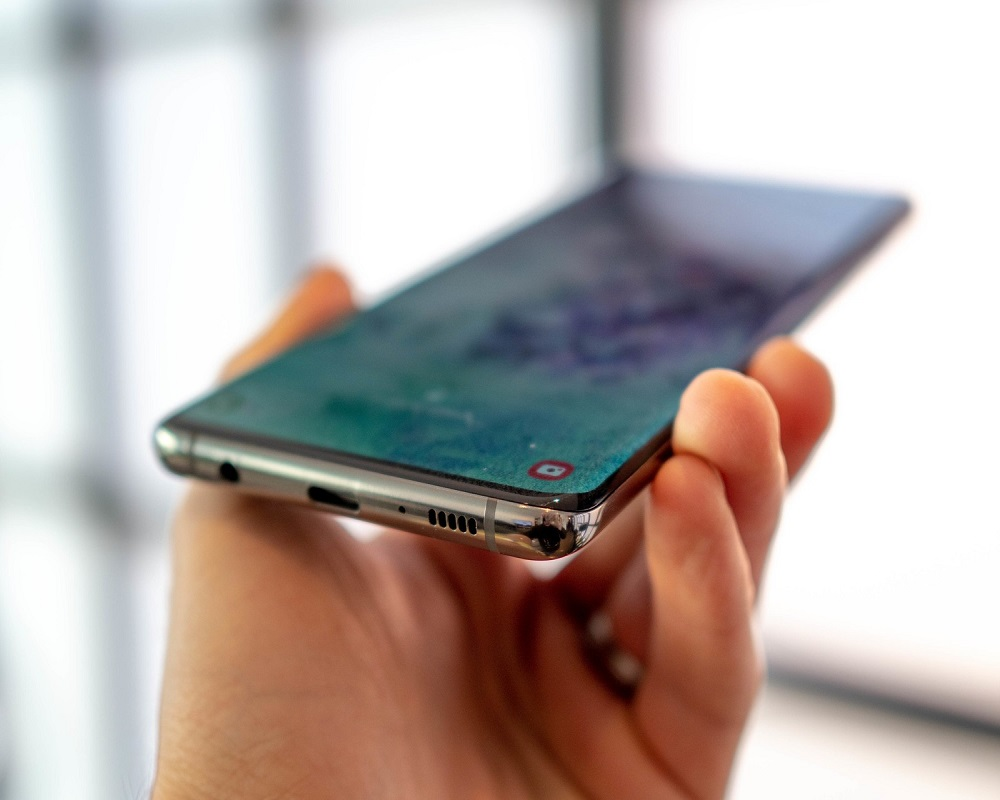 best Galaxy S10 screen protectors 2019
