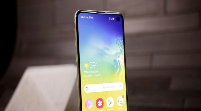 best Galaxy S10e screen protectors